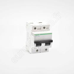 A9N21523 - Fin de série : Inter Diff 2P 40A 300mA AC sortie haute