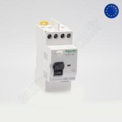 A9N21523 - Fin de série : Inter Diff 1P+N 40A 300mA AC sortie haute