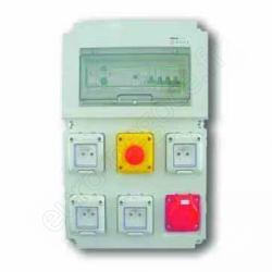 EI00155 - COFFRET 4 PC (2P+T/16A) + 1 PC (3P+N+T/32A) + AU + voyant