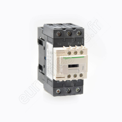 A9A15306 - PC 16A 2P+T FRANCAIS 250V